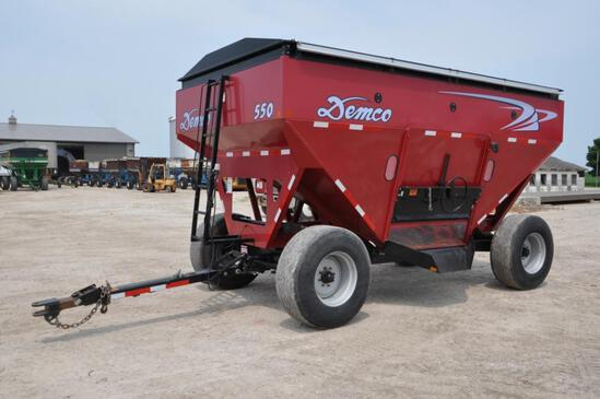 Demco 550 gravity wagon
