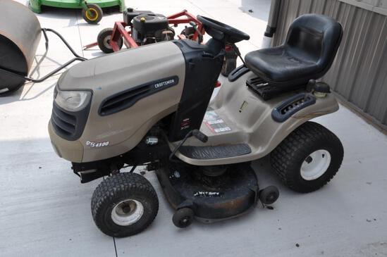 Craftsman DYS4500 riding lawn mower