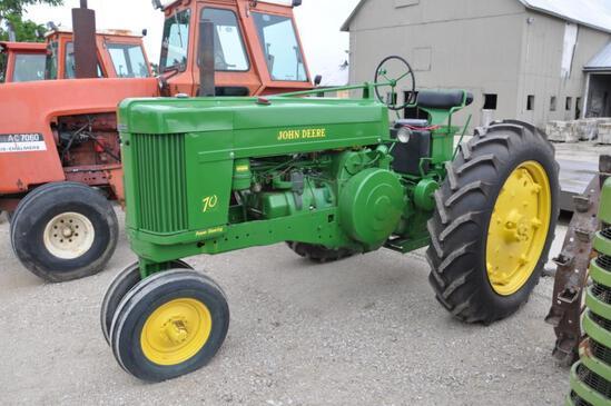 1954 John Deere 70 2wd tractor