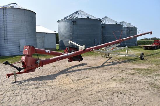 """Buhler Farm King 1070 10""""x70' swing away auger"""