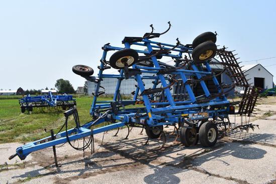 DMI Tiger-Mate II 28' field cultivator