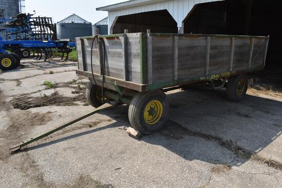 John Deere 7'x12' barge box wagon