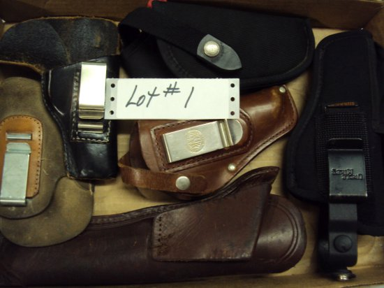 ASSORTMENT OF HOLSTERS (6)