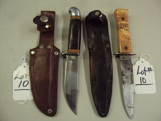 2 DEER SKINNING KNIVES WITH SHEATHS