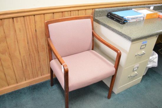 Mauve cushion chair