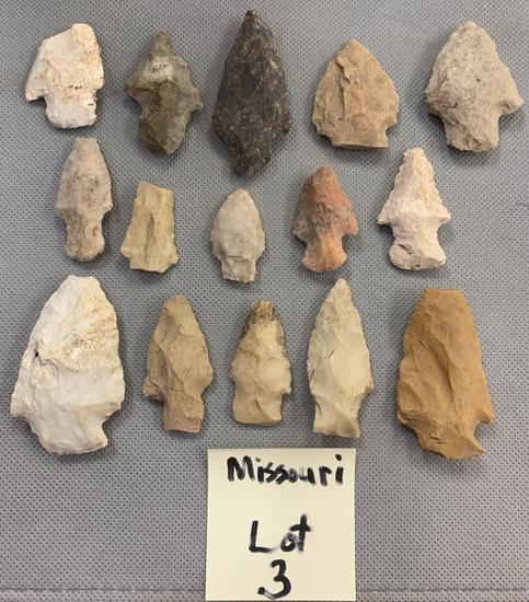 Lot of 15 arrowheads