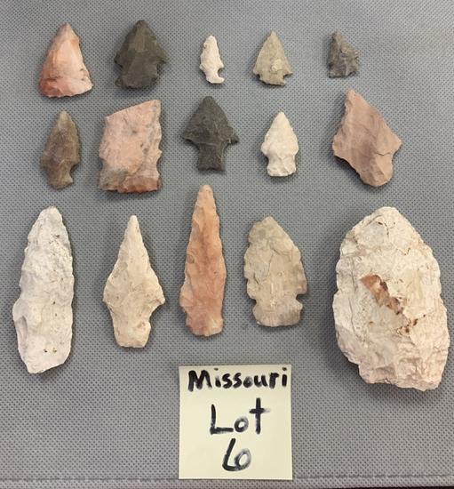 Lot of Missouri arrowheads