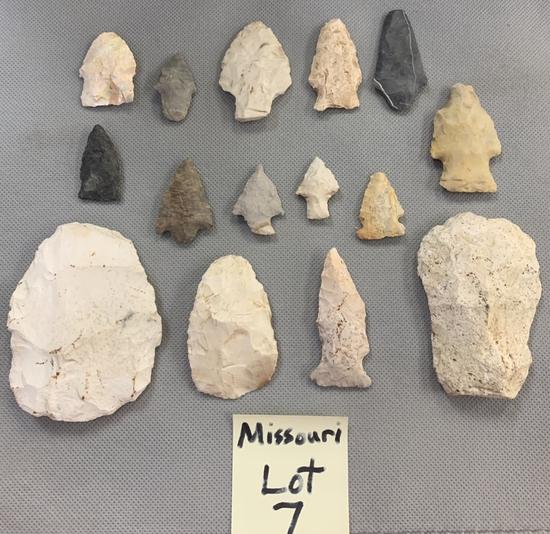 Lot of Missouri arrowheads, blades, etc.