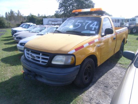 12-09138 (Trucks-Pickup 2D)  Seller:Florida State DOT 2002 FORD F150