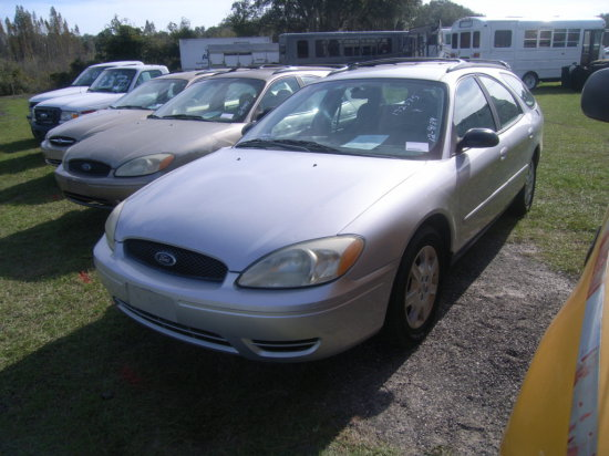 12-09139 (Cars-Wagon 4D)  Seller:Florida State PD 15 2004 FORD TAURUS
