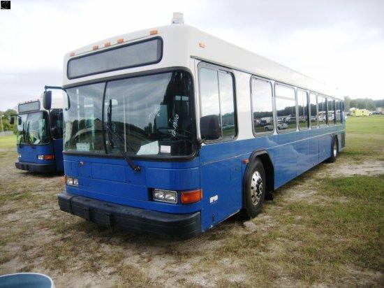 12-13110 (Trucks-Buses)  Seller:Hillsborough Area Regional Tra 2001 GILL LOWENTRY