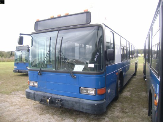 12-13113 (Trucks-Buses)  Seller:Hillsborough Area Regional Tra 2002 GILL LOWENTRY
