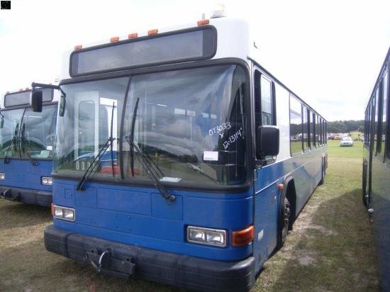 12-13114 (Trucks-Buses)  Seller:Hillsborough Area Regional Tra 2002 GILL LOWENTRY