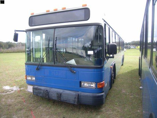 12-13117 (Trucks-Buses)  Seller:Hillsborough Area Regional Tra 2001 GILL LOWENTRY