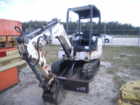 2-01194 (Equip -Excavator) Seller:Private/Dealer BOBCAT 325
