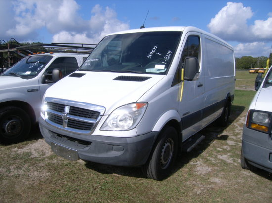 1-08219 (Trucks-Van Cargo)  Seller:Hillsborough County B.O.C.C. 2009 DODG 2500