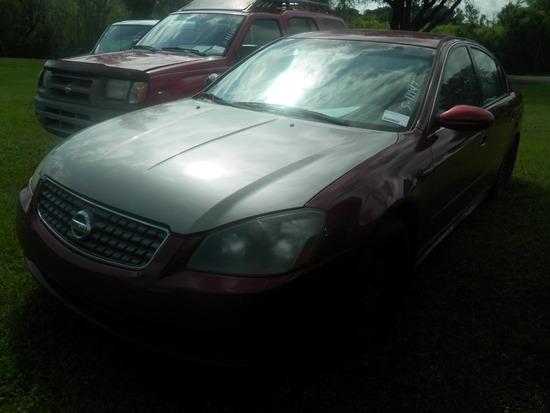 6-07127 (Cars-Sedan 4D)  Seller:Private/Dealer 2005 NISS ALTIMA
