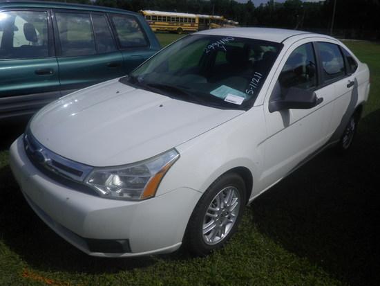 6-07131 (Cars-Sedan 4D)  Seller:Private/Dealer 2010 FORD FOCUS