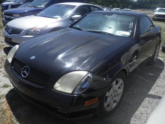 6-07132 (Cars-Convertible)  Seller:Private/Dealer 1998 MERZ SLK230