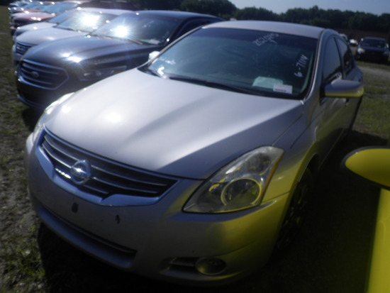 6-07114 (Cars-Sedan 4D)  Seller:Private/Dealer 2012 NISS ALTIMA