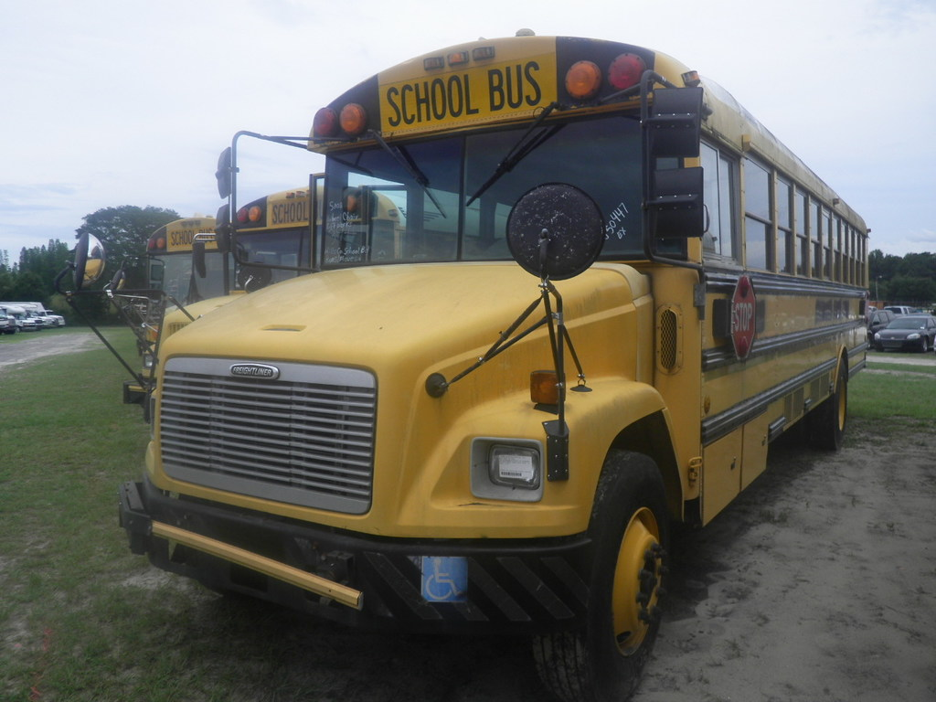 7 08112 Trucks Buses Seller Gov Hillsborough County School 2002 Frht Fs65 Vehicles Marine Aviation Buses Online Auctions Proxibid