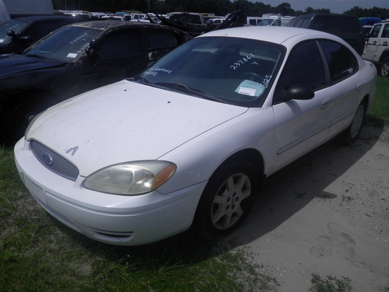 9-05125 (Cars-Sedan 4D)  Seller: Florida State M.S. 2006 FORD TAURUS
