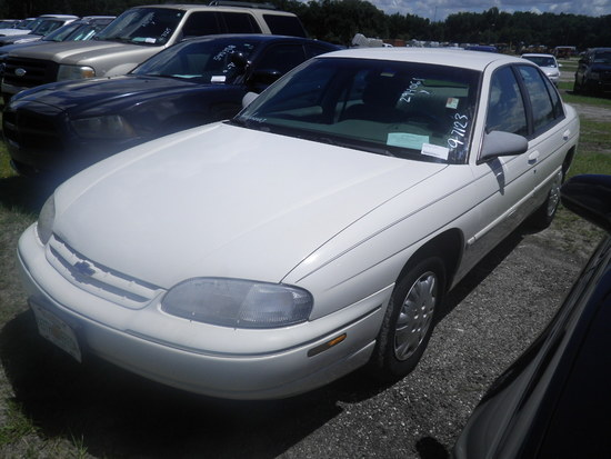 9-07123 (Cars-Sedan 4D)  Seller:Private/Dealer 2001 CHEV LUMINA