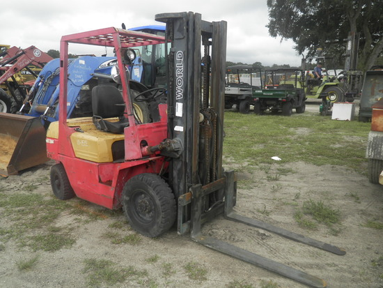 11-01138 (Equip.-Fork lift)  Seller:Private/Dealer WORLD WFD50 DIESEL FORKLIFT