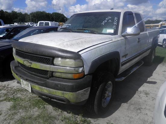 11-05129 (Trucks-Pickup 2D)  Seller: Florida State L.E.T.F. 2002 CHEV 2500