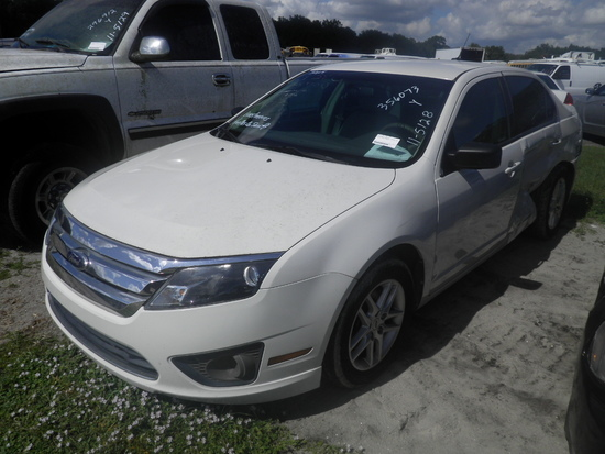 11-05128 (Cars-Sedan 4D)  Seller: Gov/Pinellas County Sheriff-s Off. 2012 FORD FUSION