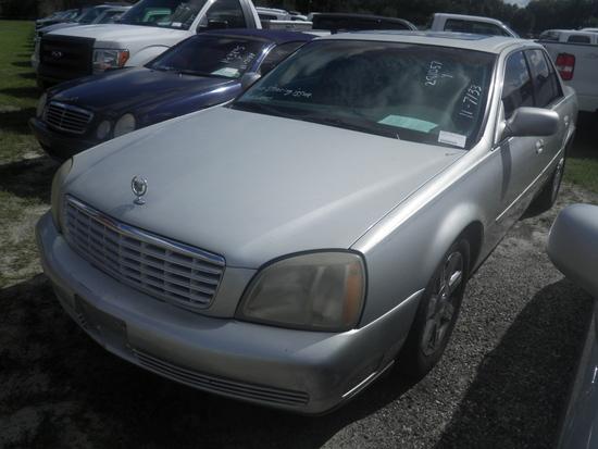 11-07133 (Cars-Sedan 4D)  Seller:Private/Dealer 2003 CADI DEVILLE
