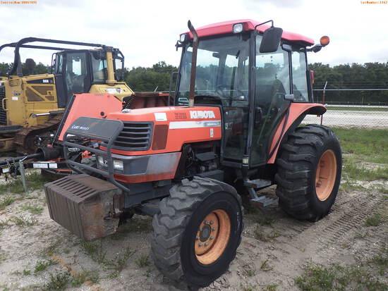 7-01116 (Equip.-Tractor)  Seller:Private/Dealer KUBOTA M6800 DIESEL 4WD ENCLOSED
