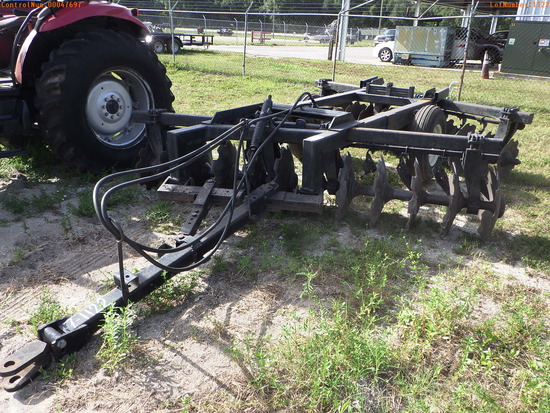 7-01122 (Equip.-Implement- Farm)  Seller:Private/Dealer PULL BEHIND DOUBLE DISC