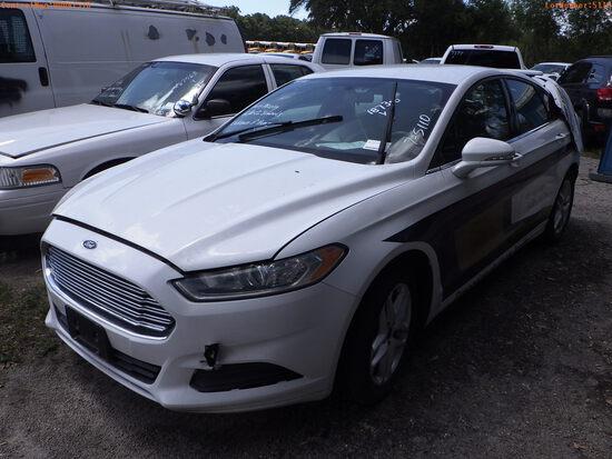 7-05110 (Cars-Sedan 4D)  Seller: Gov-Hillsborough County School 2014 FORD FUSION