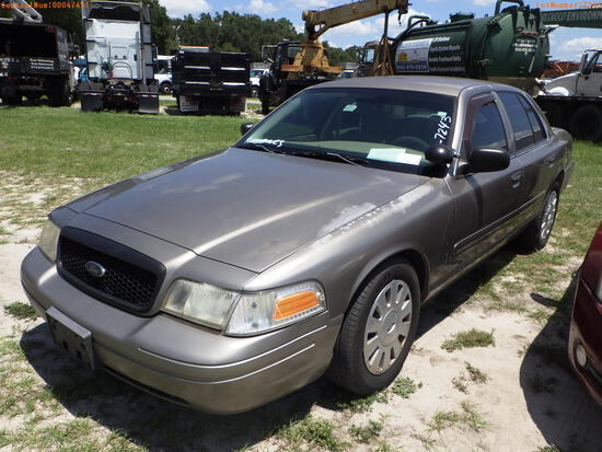 7-07118 (Cars-Sedan 4D)  Seller:Private/Dealer 2008 FORD CROWNVIC