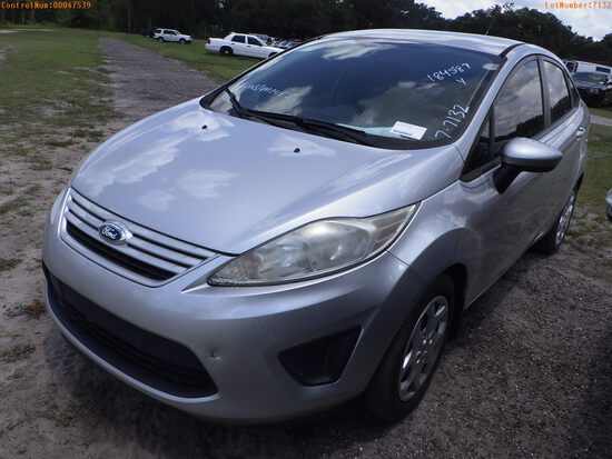 7-07132 (Cars-Sedan 4D)  Seller:Private/Dealer 2012 FORD FIESTA