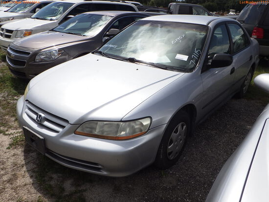 7-07115 (Cars-Sedan 4D)  Seller:Private/Dealer 2002 HOND ACCORD