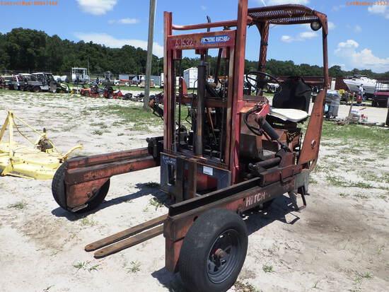 8-01132 (Equip.-Fork lift)  Seller:Private/Dealer PIGGY BACK DIESEL FORKLIFT