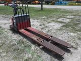 8-02140 (Equip.-Fork lift)  Seller:Private/Dealer RAYMOND 840-FRE60L 24V ELECTRI