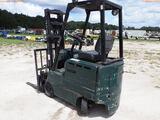 8-01552 (Equip.-Fork lift)  Seller: Gov-Hillsborough County Sheriff-s CLARK ECS3