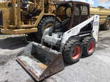 8-01697 (Equip.-Loader- skid steer)  Seller:Private/Dealer BOBCAT S130 RUBBER TI
