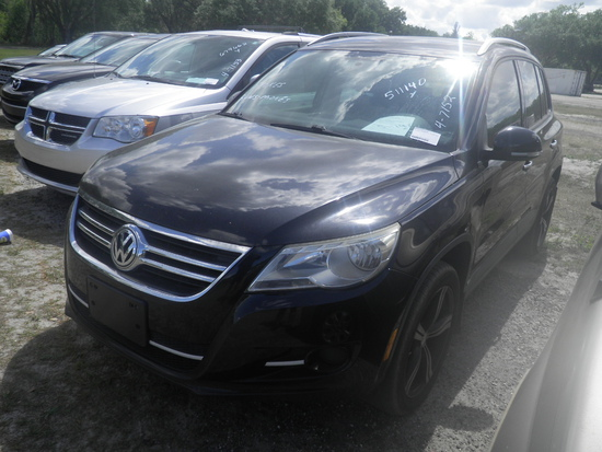 8-07111 (Cars-SUV 4D)  Seller:Private/Dealer 2010 VOLK TIGUAN