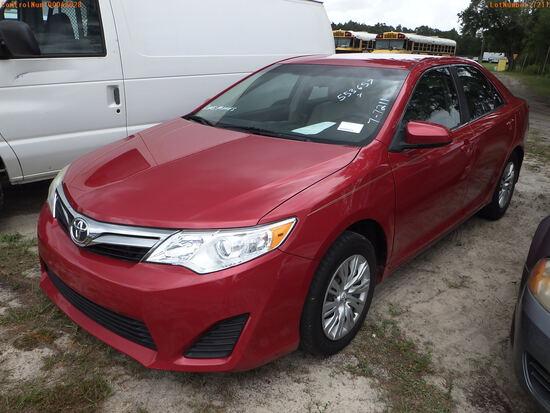 8-07117 (Cars-Sedan 4D)  Seller:Private/Dealer 2012 TOYT CAMRYSE