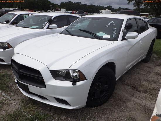 10-05117 (Cars-Sedan 4D)  Seller: Gov-Hillsborough County Sheriff-s 2014 DODG CH