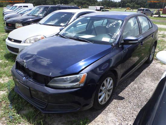 10-07112 (Cars-Sedan 4D)  Seller:Private/Dealer 2012 VOLK JETTA