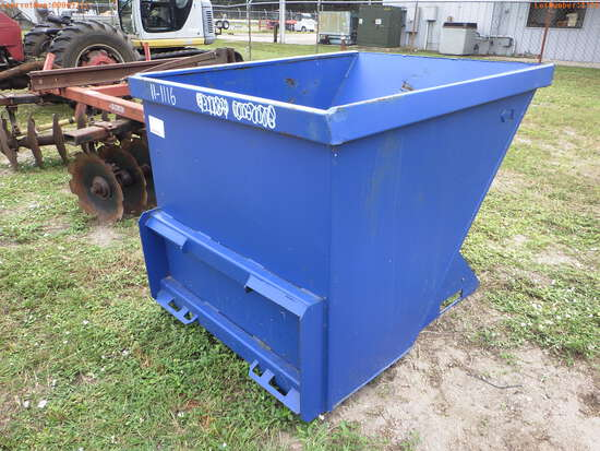 11-01116 (Equip.-Implement- misc.)  Seller:Private/Dealer KIT CONTAINER SKID STE