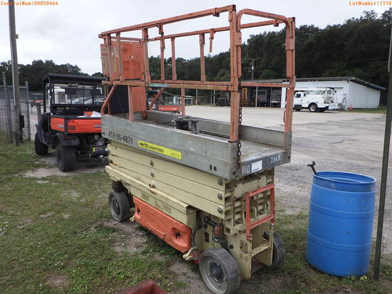 11-01110 (Equip.-Man lift)  Seller:Private/Dealer JLG 2630-ES MAN LIFT