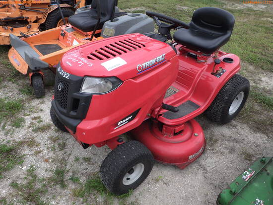 11-02132 (Equip.-Mower)  Seller:Private/Dealer TROYBILT PONY 42 INCH RIDING MOWE