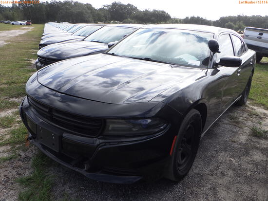 11-06114 (Cars-Sedan 4D)  Seller: Florida State F.H.P. 2015 DODG CHARGER