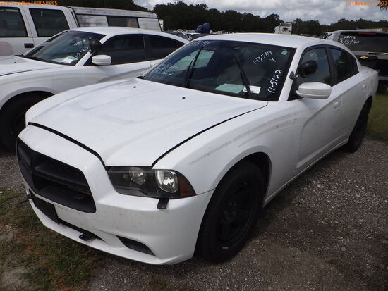 11-05122 (Cars-Sedan 4D)  Seller: Gov-Hillsborough County Sheriff-s 2014 DODG CH